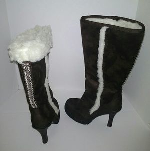 Bakers Brown Eskimo Heel Boots Sz 7